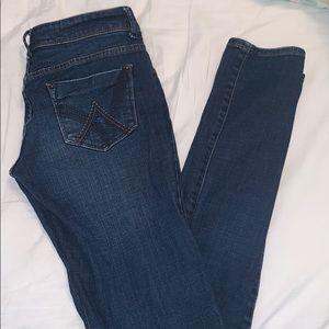 """Taylor"" Dark Wash Skinny Jean"